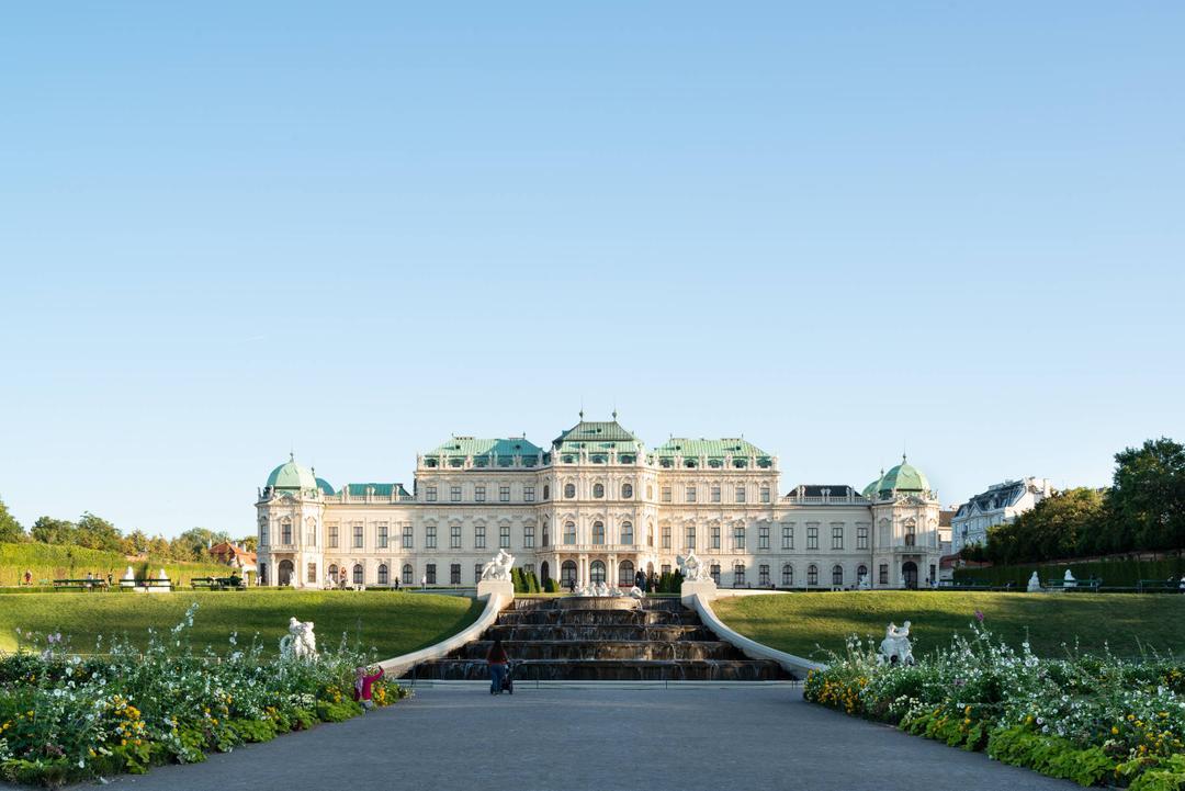 Belvedere Grand Tour